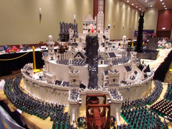 LOTR The Journey of the Fellowship @ BrickWolrd 2011