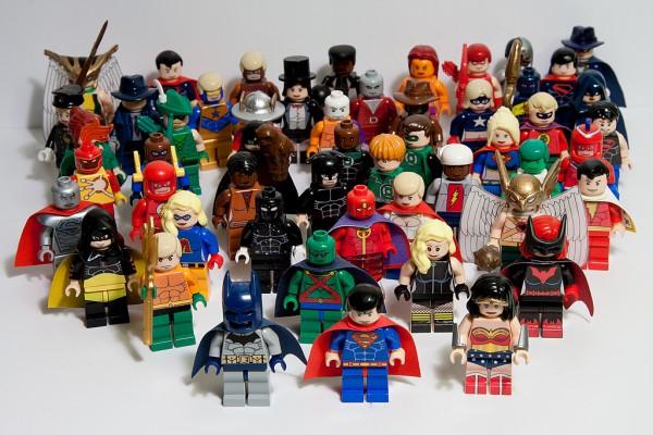 DC Minifigs par Julian Fong