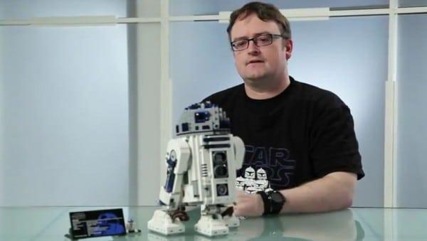 10225 - UCS R2-D2