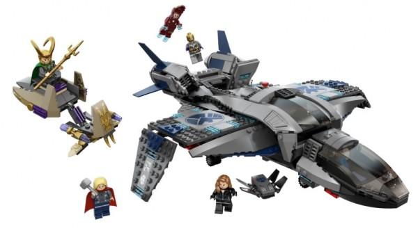 6869 Quinjet Aerial Battle