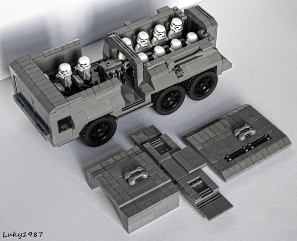 Light Transport Vehicle par LUKY'S 1987