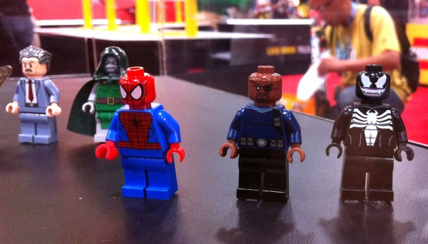SDCC 2012 - LEGO Super Heroes Marvel Minifigs