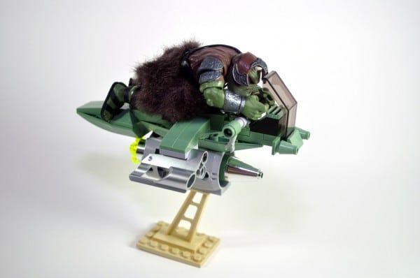 Gamorrean Speeder Bike par Omar Ovalle