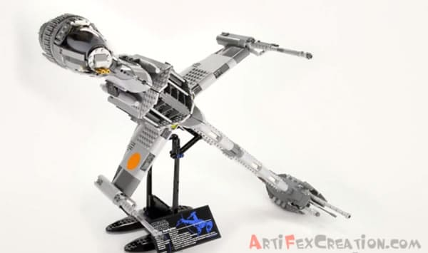 LEGO Star Wars UCS 10227 B-Wing Starfighter