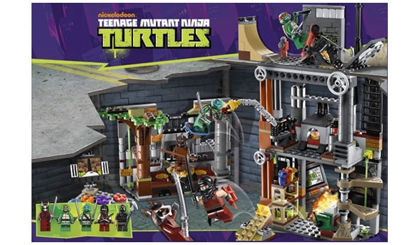 LEGO Teenage Mutant Ninja Turtles 2013 - 79103 Turtle Lair Attack