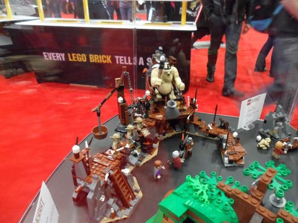 New York Comic Con 2012 : LEGO The Hobbit 79010 The Goblin King Battle