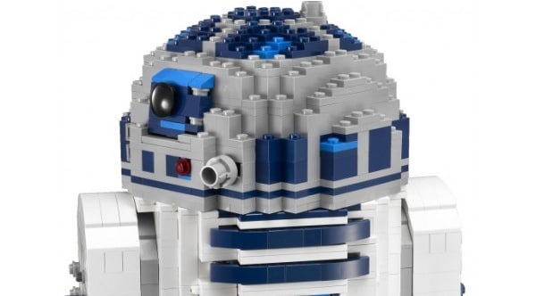 LEGO Star Wars 10225 Ultimate Collector Series R2-D2