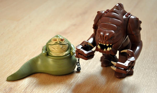 LEGO Star Wars 75005 Rancor Pit (Photo par BrickieB)