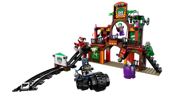 LEGO Super Heroes DC Universe 6857 The Dynamic Duo Funhouse Escape