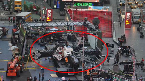 The Yoda Chronicles : Times Square (NYC) Event
