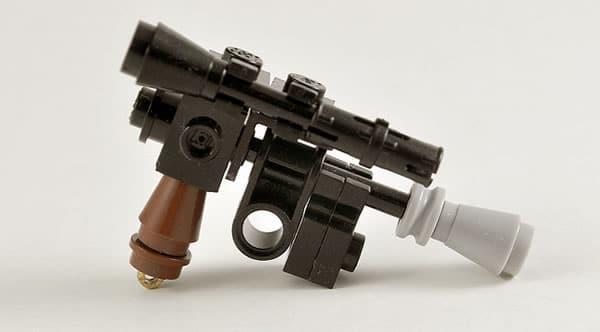 Han Solo Blaster par Omar Ovalle