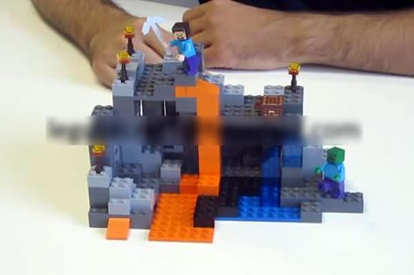 LEGO Minecraft 2014 : 21113 The Cave ?