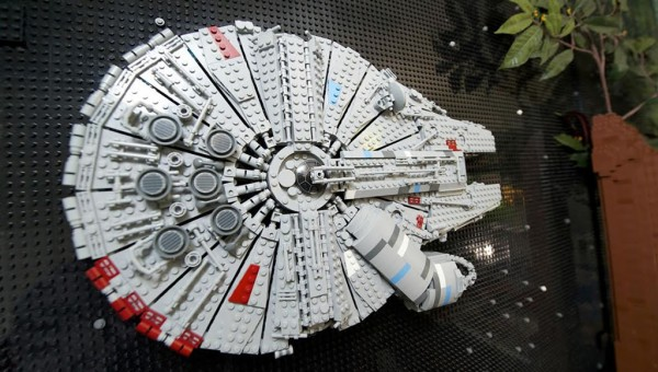 LEGO Star Wars Dream Bedroom : Millennium Falcon
