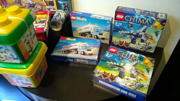 counterfeit lego products