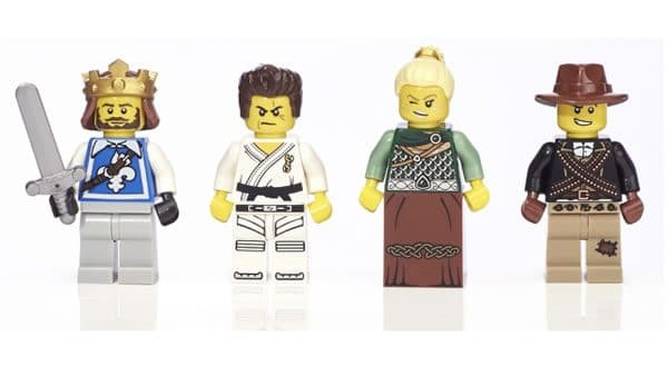 5004422 Warriors Minifigure Collection
