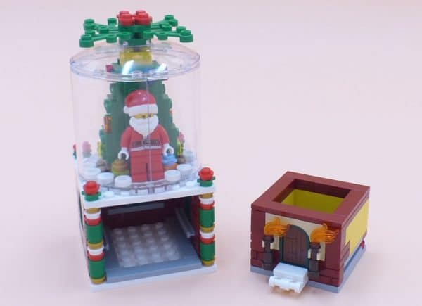 LEGO Seasonal LImited Edition 40223 Snowglobe