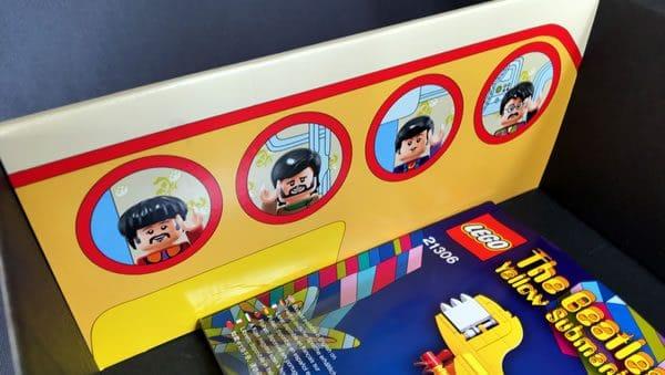 LEGO Ideas 21306 The Beatles Yellow Submarine