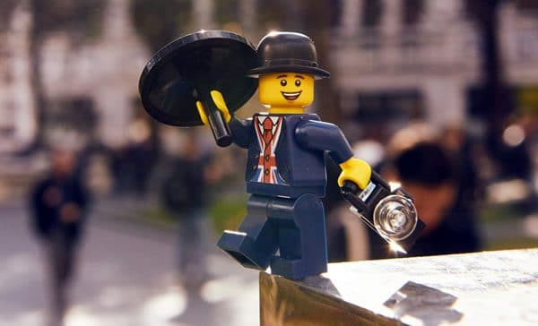Lester, mascotte officielle du nouveau LEGO Store londonien : Premier visuel