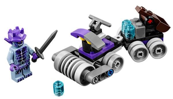 30378-lego-nexo-knights-thunder-quad.jpg