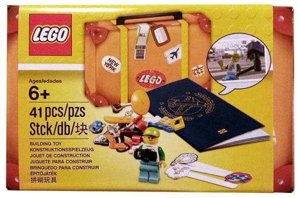 5004932 LEGO Travel Building Suitcase (2017)