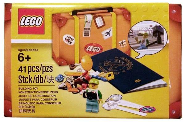 5004932 LEGO Travel Building Suitcase (2017)