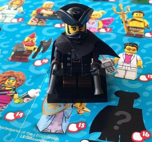 17ème série de minifigs à collectionner (71018) : Le personnage mystère enfin révélé