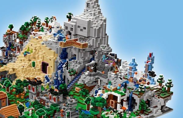 LEGO Minecraft : Du teasing pour le plus gros set de la gamme