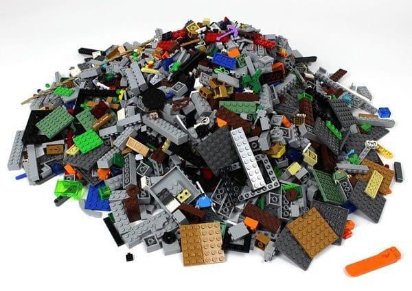 LEGO Minecraft 21137 The Mountain Cave : le teasing continue