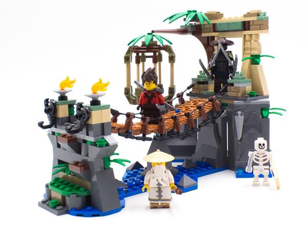 The LEGO Ninjago Movie 70608 Master Falls