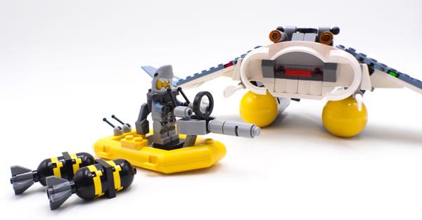 The LEGO Ninjago Movie 70609 Manta Ray Bomber