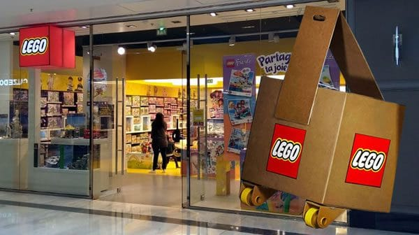 ▷ LEGO Star Wars 75192 UCS Millennium Falcon : Arrivage dans les ...