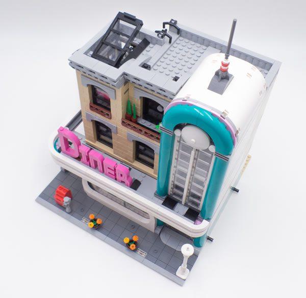 vite test lego creator expert 10260 downtown diner hoth bricks. Black Bedroom Furniture Sets. Home Design Ideas