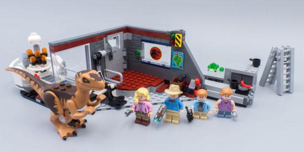 75932 Jurassic Park Velociraptor Chase