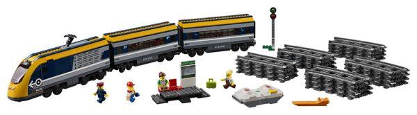 670197 Passenger Train