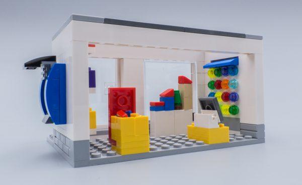 40305 Microscale LEGO Brand Store