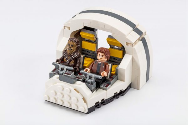 LEGO Star Wars 75512 Millennium Falcon Cockpit