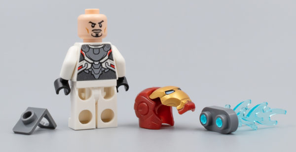30452 Iron Man and Dum-E