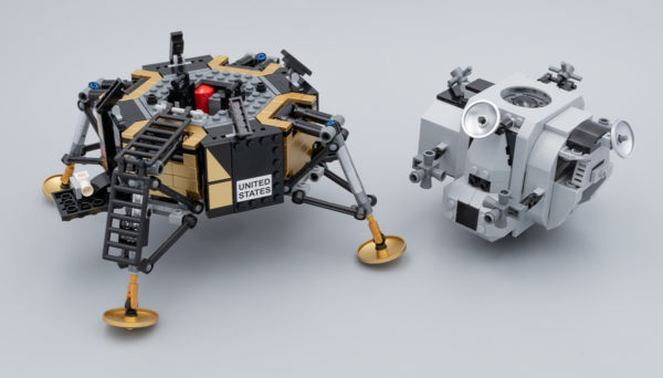10266 NASA Apollo 11 Lunar Lander