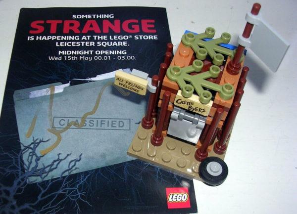 LEGO Stranger Things : Assemblez le Castle Byers de Will et Mike