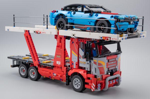 Vite testé : LEGO Technic 42098 Car Transporter