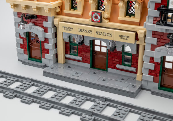 Vite testé : LEGO 71044 Disney Train and Station