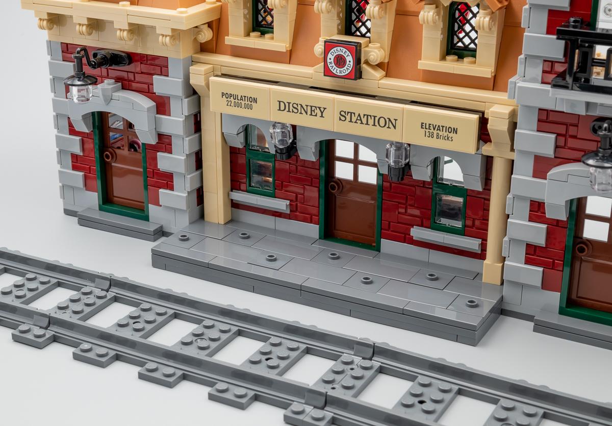 ▷ Vite testé : LEGO 71044 Disney Train and Station - Hoth