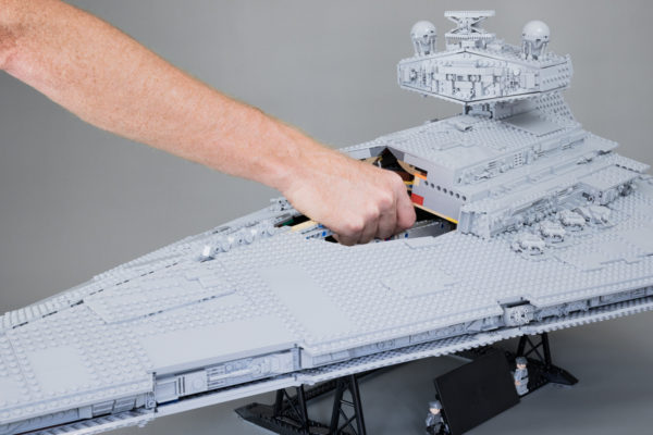 Vite testé : LEGO Star Wars 75252 UCS Imperial Star Destroyer (Partie 2)
