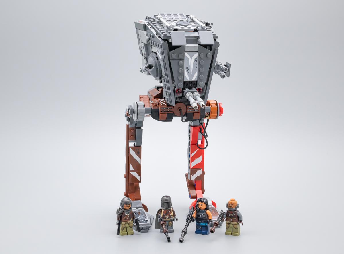 11 LEGO-Minifigures Série X 1 Casque pour le mal Mech De Série 11 Pièces