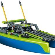 42105 Catamaran