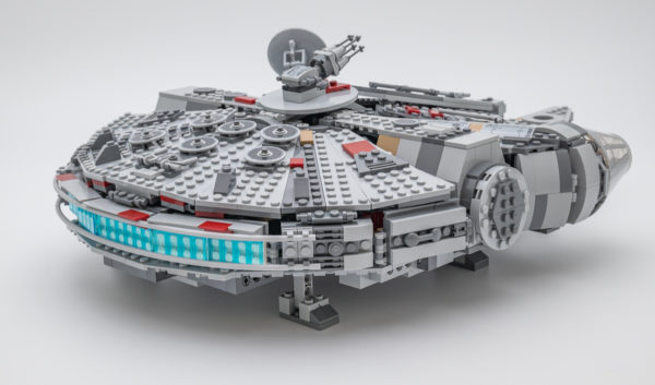 75257 Millennium Falcon