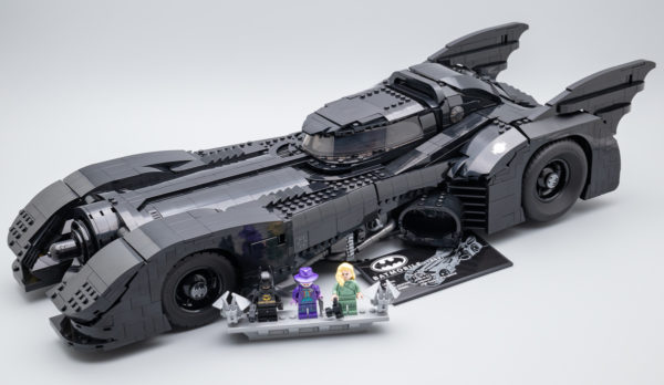 LEGO Batman 76139 1989 Batmobile