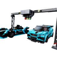 76898 Formula E Panasonic Jaguar Racing GEN2 Car & Jaguar I-PACE eTROPHY