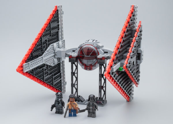 Très vite testé : LEGO Star Wars 75272 Sith TIE Fighter