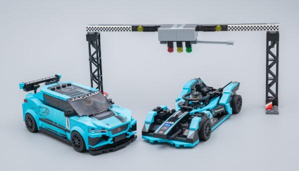 Vite testé : LEGO Speed Champions 76898 Formula E Panasonic Jaguar Racing GEN2 & Jaguar I-PACE eTROPHY